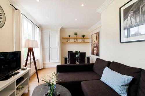 FG Property - Earl's Court, Kempsford Gardens, Flat 4 photo 4