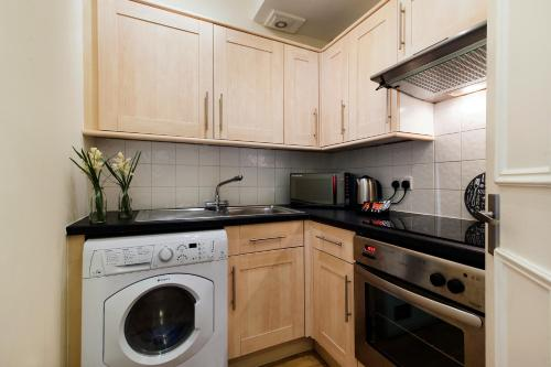 FG Property - Earl's Court, Kempsford Gardens, Flat 4 photo 10