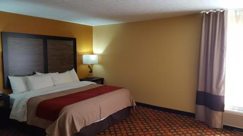 Comfort Inn Montgomery Photo
