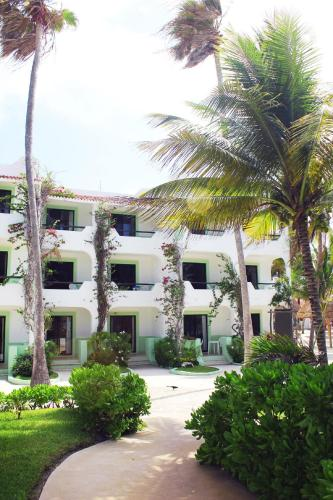Hotel Club Akumal Caribe Photo