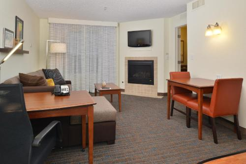 Residence Inn by Marriott Loveland Fort Collins Photo