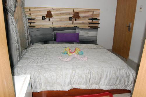 http://www.booking.com/hotel/ng/encore-lagos-hotels-and-suites.html?aid=1728672