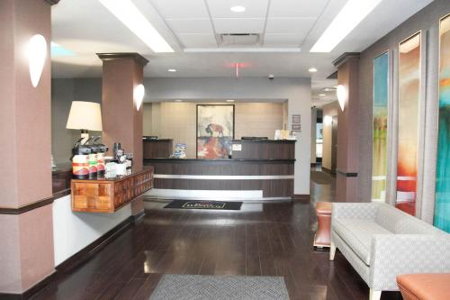 Best Western Plus Olathe Hotel & Suites Photo