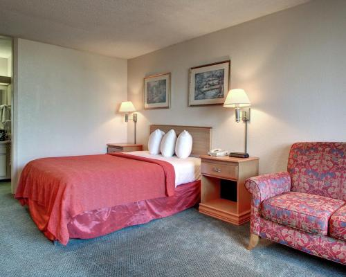 Vicksburg Inn & Suites Photo