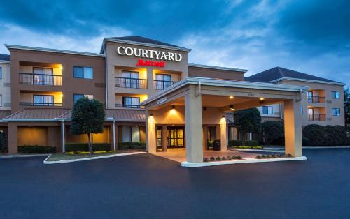 Courtyard by Marriott Dothan Photo