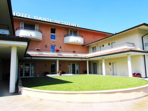 Picture of Hotel Dante Residence