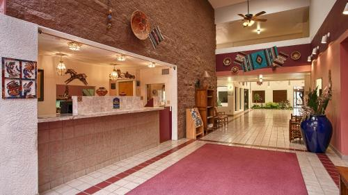 Best Western Pecos Inn Photo