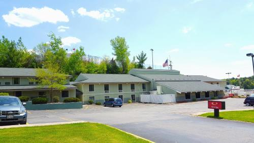 Americas Best Value Inn Wisconsin Dells Photo