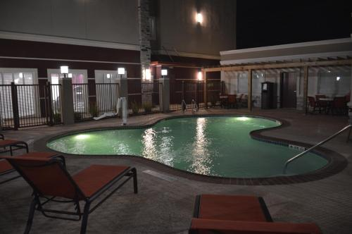 Best Western Plus Dilley Inn & Suites Photo