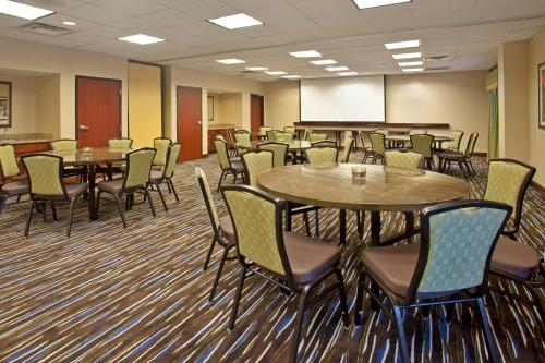 Hampton Inn & Suites Nashville-Smyrna Photo