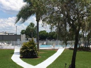 Howard Johnson Winter Haven Photo