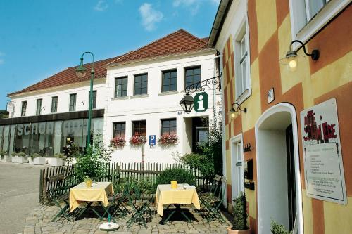 Gasthaus Hotel Zur Schonenburg