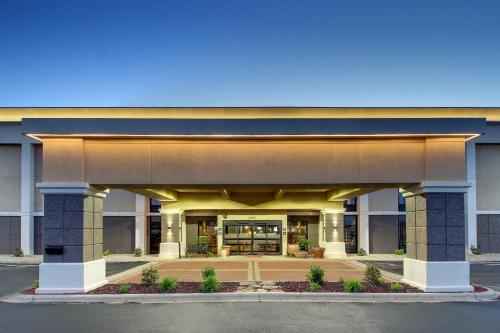 Hampton Inn Rolla Photo