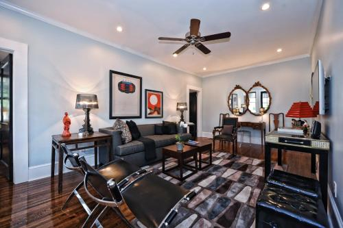 Executive Corporate Apartment in Myers Park-Charlotte Photo