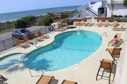 Summer Wind Inn and Suites Photo