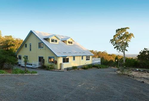 Vacy 7 Bedroom Holiday House (ER9COE), Васи