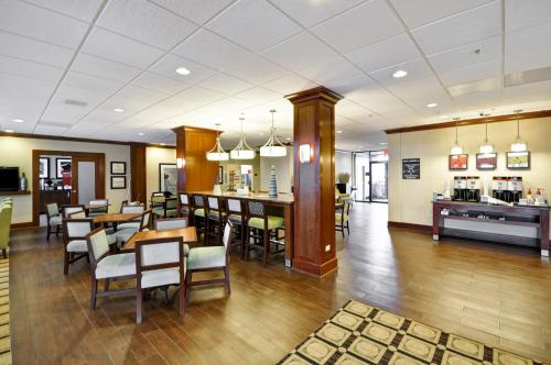 Hampton Inn Chicago-Gurnee Photo