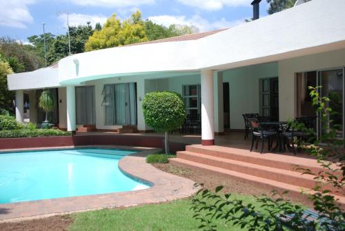 Woodmead Guest Lodge Photo