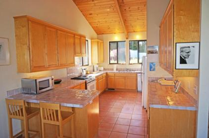Summer Solstice-Three Bedroom Home - The Sea Ranch, CA 95497