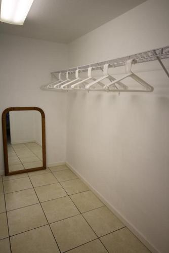 Delmar Avenue Apartment 149 Photo