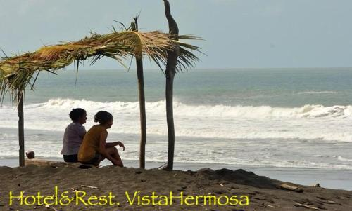 Hotel Beachfront Vista Hermosa Photo