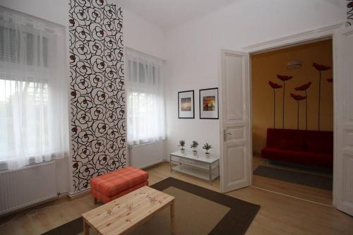 Cozy and Bright West End Home - Budapest - hebergement