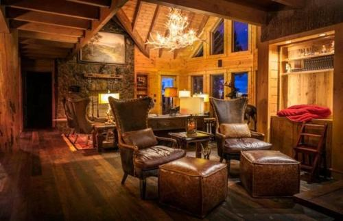 Bliss Mountain Lodge Photo