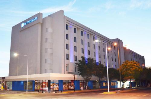 Wyndham Executivo Culiacan Photo