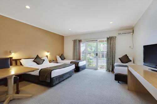Comfort Inn Greensborough photo 26