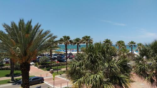 Magnuson Hotel Clearwater Beach Photo