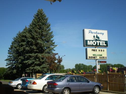 Parkway Motel Red Wing Photo