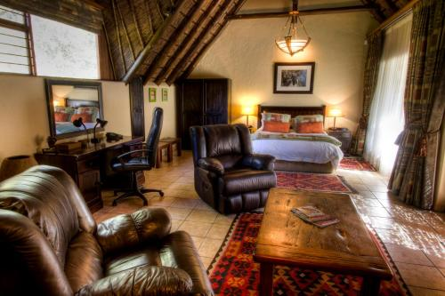 Tladi Lodge Photo