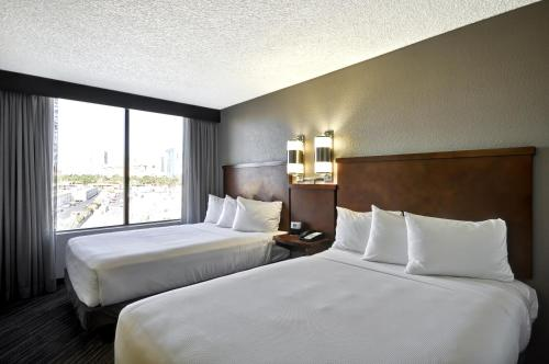 Hyatt Place Las Vegas Photo