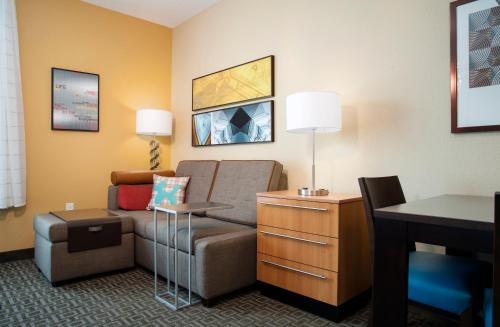 TownePlace Suites by Marriott Orlando at Flamingo Crossings/Western Entrance Photo