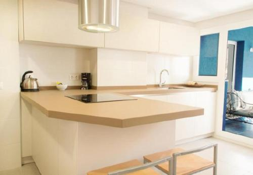 Three-Bedroom Apartment in Malaga with Pool I - фото