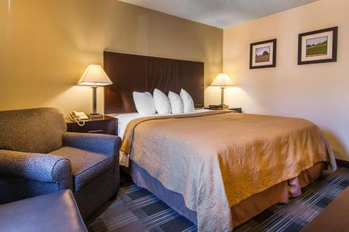 Quality Inn Tigard Portland Southwest Photo
