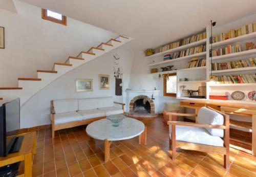 Three-Bedroom Apartment in Ibiza with Pool IV - фото 0