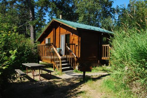 La Conner Camping Resort Deluxe Cabin 5 Photo