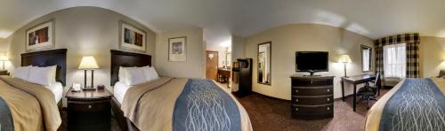 Comfort Inn & Suites La Grange Photo