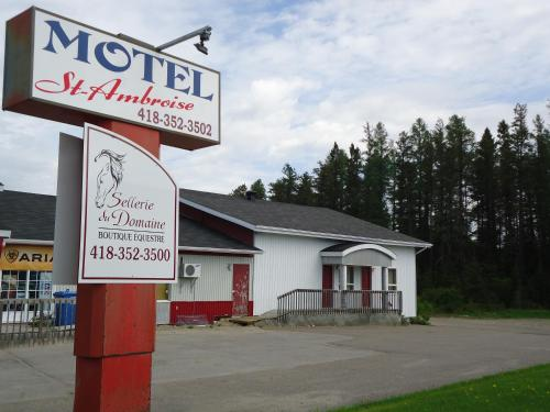 Motel Saint-Ambroise Photo