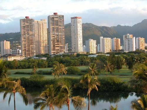 Fairway Villas in Honolulu from $169