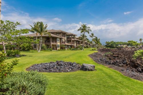 Castle Halii Kai at Waikoloa Photo