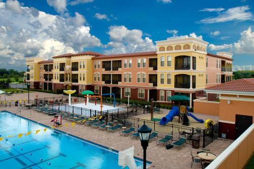 Emerald Greens Condo Resort Photo