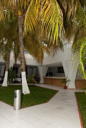 Hotel Caribe Internacional Cancun Photo