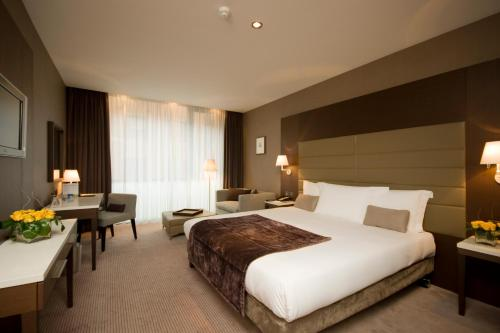 Radisson BLU Royal Hotel Dublin photo 61