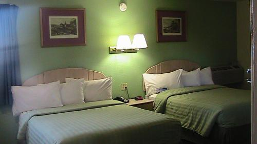 Travelodge Holbrook - Holbrook, AZ 86025