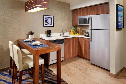 Homewood Suites by Hilton San Diego Mission Valley/Zoo Photo