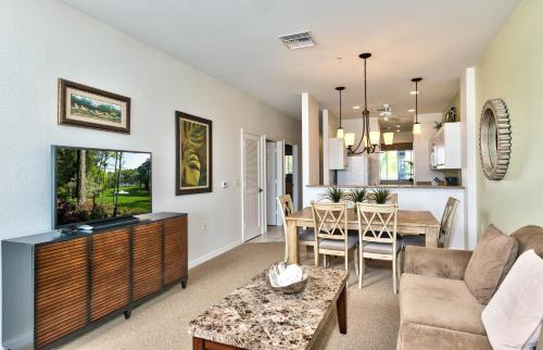 BellaVita Golf Condo in the Lely Resort Photo