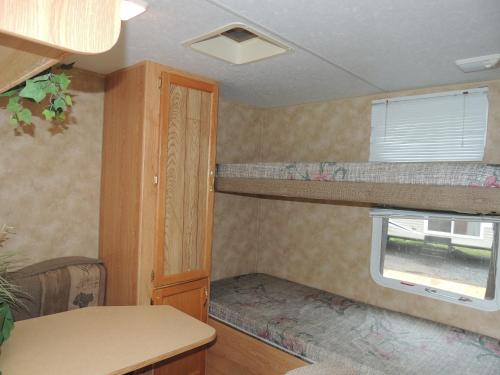 Lake George Escape 40 ft. Travel Trailer 54 Photo