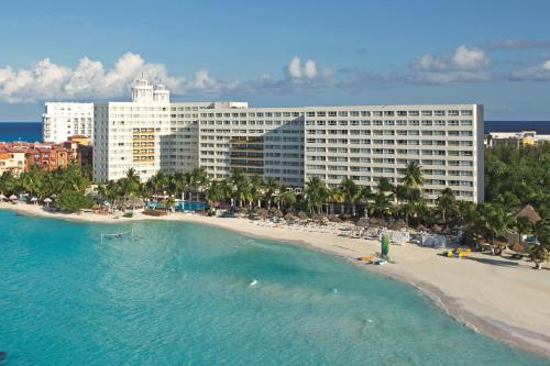 Dreams Sands Cancun Resort & Spa Photo